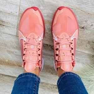 Nike Shoes - 🌸Nike Zoom Gravity 🌸New